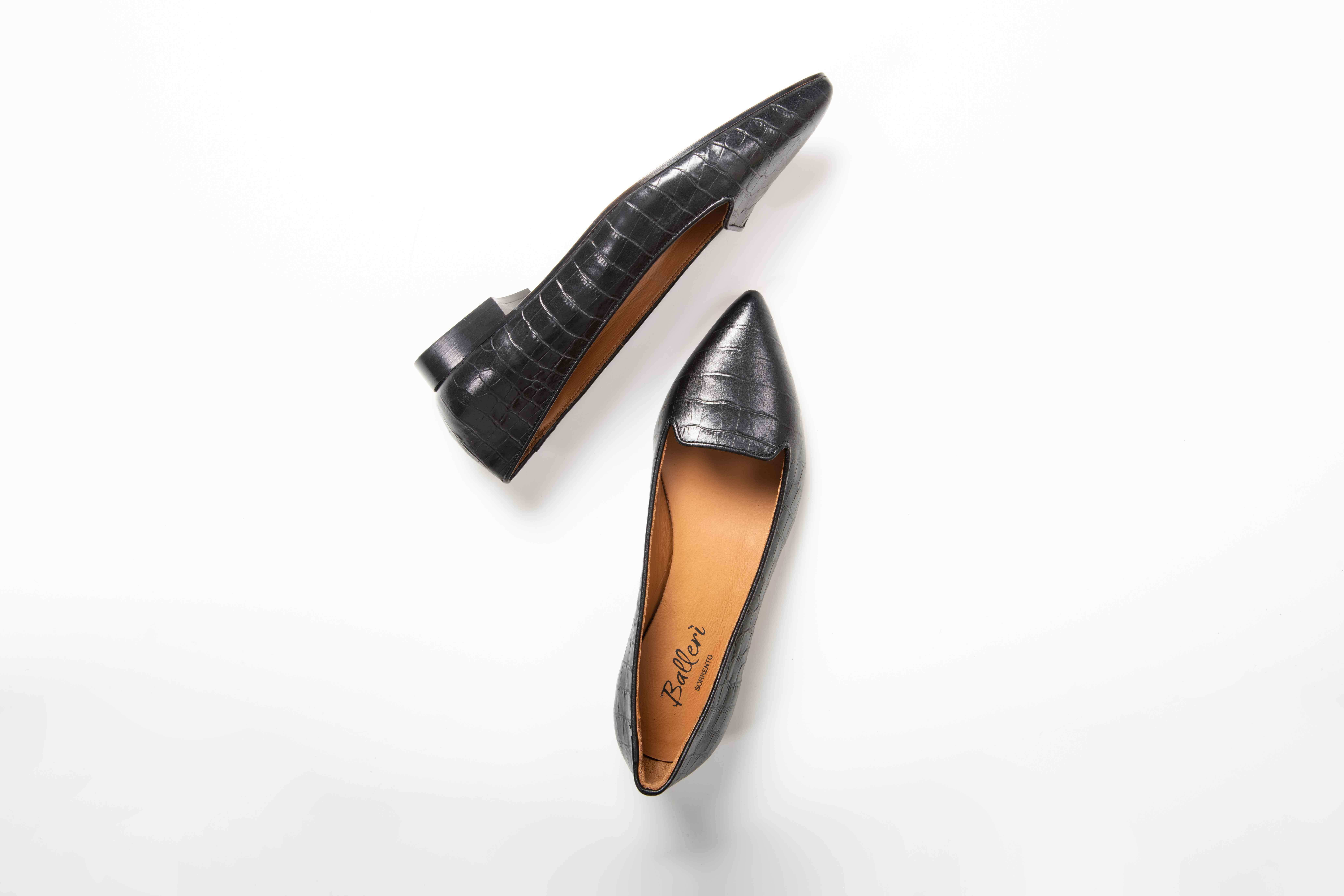 Anna croc-effect leather loafer